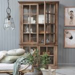 Display-cabinet-in-wood.jpg