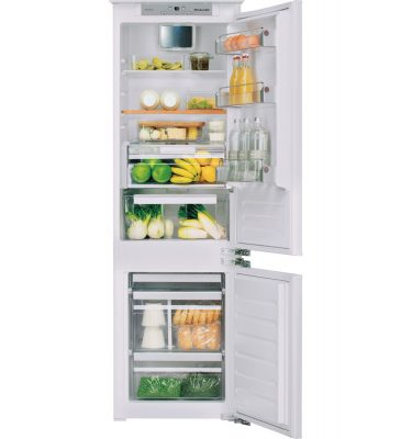 KitchenAid KCBCR 18600.1 177cm No Frost Integrated Fridge Freezer A+